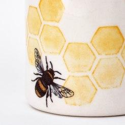 bee detail shot