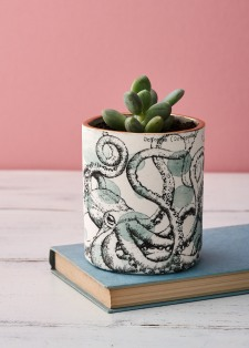Porcelain octopus printed planter